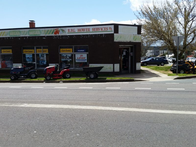 77 Uriarra Road, Queanbeyan NSW 2620
